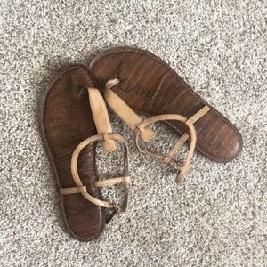 8.5 Sam Edelman sandals